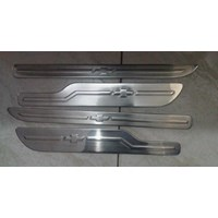 Sill Plate SS Samping Chev Spin 1