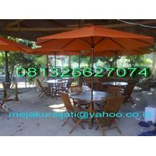 payung taman dan kafe