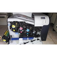 Distributor Printer HP LAserjet CP3525n siap pakai 3