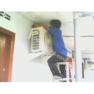 Service AC Ganti Sparepart
