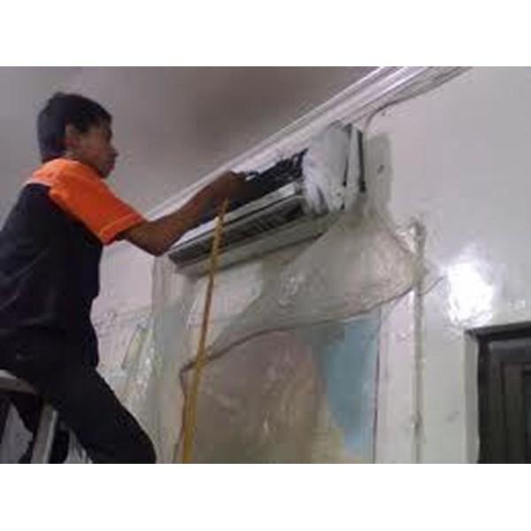 Cuci ac By CV. Anugerah Teknik Abadi