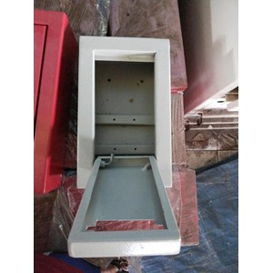 From Terminal box size 300 X 400 X 200 Mm 1