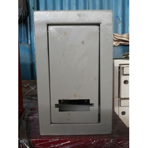 From Terminal box size 300 X 400 X 200 Mm 4