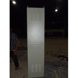 Box Panel Free Standing Ukuran 600 X 2000 X 600 Mm