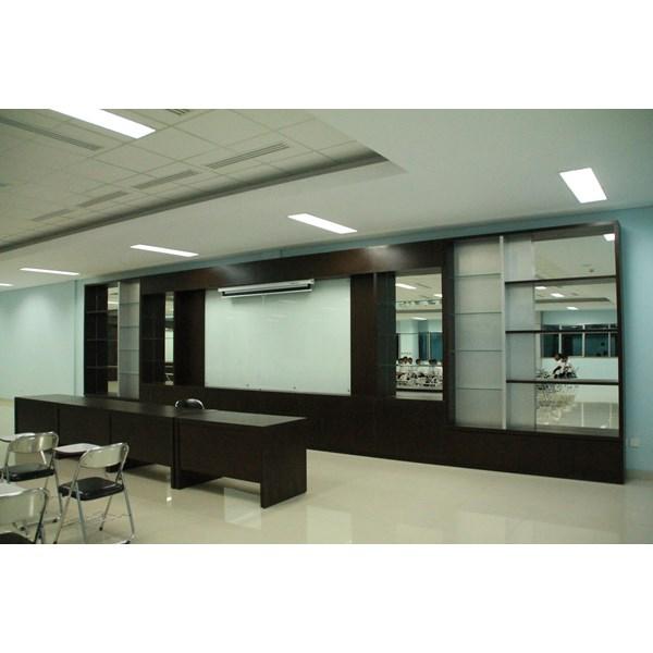 Foto Dari Interior Design Ruang Kantor surabaya 4