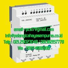 compact smart relay Zelio Logic SR2B121FU