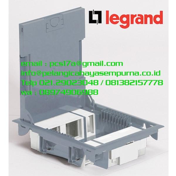 Legrand Floor Box 89620 Stainless Cover