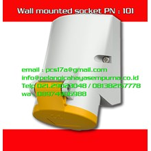 Mennekes 16A Surface Mounted PN 101 IP44 230V