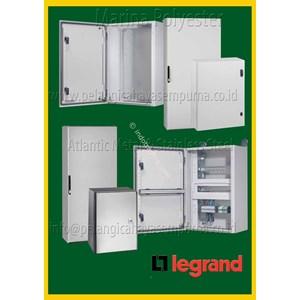 Box Panel Legrand Atlantic & Marina Legrand Enclosure IP66 Polyester dan Steel Peralatan & Perlengkapan Listrik