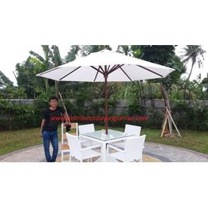 Payung Taman Jati Sunbrella Putih