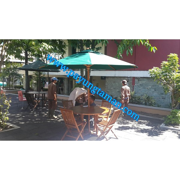 Payung Cafe Sunbrella