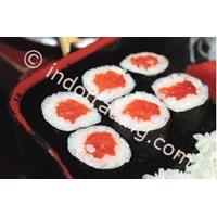Salmon Maki  1