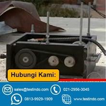 Universal Testing Machine-Eccentric Mass Shaker