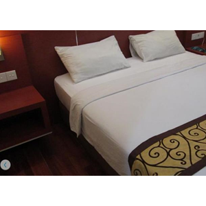 Fasilitas Kamar (kasur) By Hotel Trio Indah 2 Malang