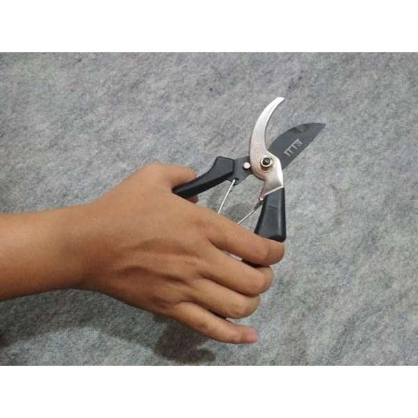 Gunting Pangkas  / Gunting Dahan / Gunting Daun Eiji