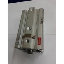 Compact Cylinder SMC CDLQB63-50 d