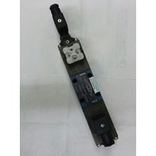 Hydraulic Valve Rexroth 4WRE 6 E08 12 24Z4 M
