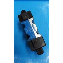 Hydraulic Valve VIKERS DG4V  5  2C  M  U  C6  20