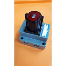 Flow Control & Check Valve YUKEN FCG-02-30-30