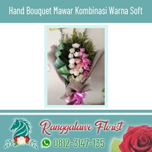 Hand Bouquet Mawar Kombinasi Warna Soft