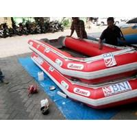 Perahu Karet Merk Zebec Type 420 Armada