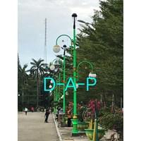 Tiang  PJU Taman