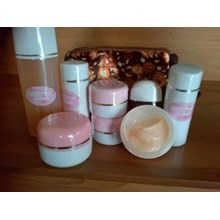 Cream Baby Pink Sucofindo Old Packaging