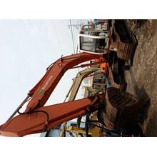 Excavators Halla He220