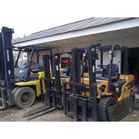 Forklift Bekas Caterpillar Kapasitas 2.5 Tahun 2012 Ton Kondisi Siap Kerja Murah 5