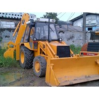 Backhoe Loader Bekas Jcb 3Cx '01 Build Up Transmisi 4X4 Arm Telescopic 1