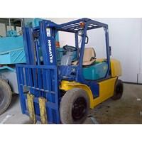 Distributor Forklift Komatsu Kapasitas 3.5 Ton Tahun 2008 3