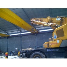 Crane Erection