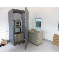 Bekas Universal Testing Machine Kondisi 80% Berkapasitas 20 Ton 1