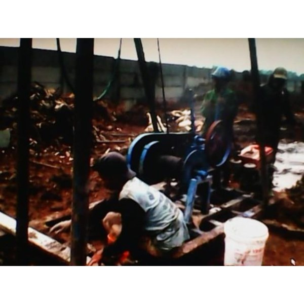 Foto From services bore pile gresik 0