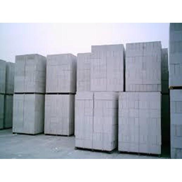 Lightweight Brick