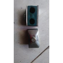 Clamp Pipa Hidrolik 10 mm 2 lobang