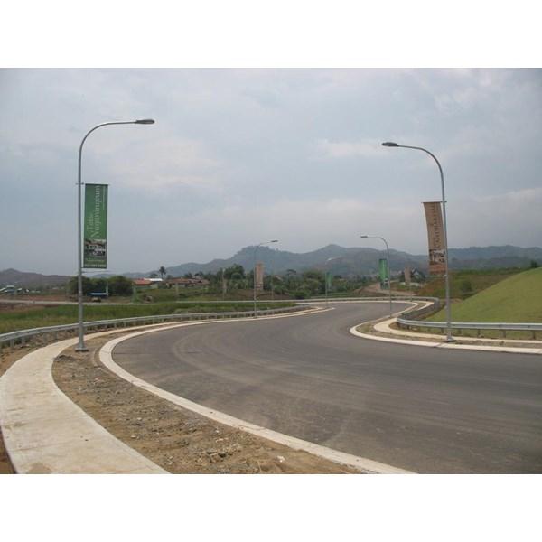 Guardrail Pengaman Jalan Raya