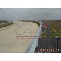 Guardrail Jalan Baja