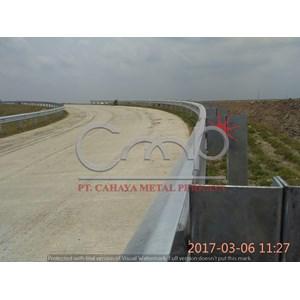 Export Distributor Guardrail Baja Indonesia