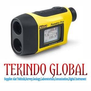 Binokular Nikon Forestry Pro Laser Rangefinder