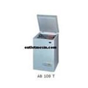 Mesin Chest Freezer 28C