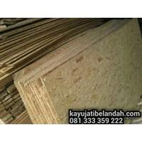 Beli Kayu Pinus import atau Pine Wood Murah Ukuran 122x244 cm jenis OSB 4
