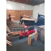 Jual Kayu Pinus import atau Pine Wood Murah Ukuran 122x244 cm jenis Pine Plywood 2