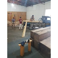 Beli Kayu Pinus import atau Pine Wood Murah Ukuran 122x244 cm jenis Pine Plywood 4