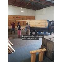 Kayu Pinus import atau Pine Wood Murah Ukuran 122x244 cm jenis Pine Plywood Murah 5