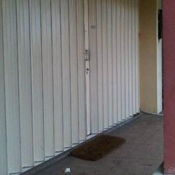 Pintu Harmonika By Sinar Kaca