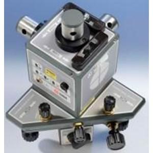 L-743 Ultra-Precision Triple Scan Laser