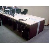 Distributor Meja Kantor 3