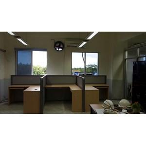 Meja Kantor Privasi - Meja Sekat By CV. Kembangdjati Furniture Semarang