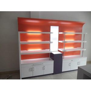 Etalase Display Interior Toko obat / Apotek Semarang By CV. Kembangdjati Furniture Semarang